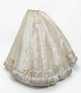 100 Year Old Fiberglass Dress Of Princess Restored
