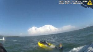 Read more about the article Moment HCSO Marine Unit Deputies Rescue Two Jet Skiers