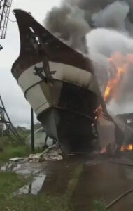 Read more about the article Firefighters Struggle To Contain Fire That Engulfed Ship In Brazilian Marina