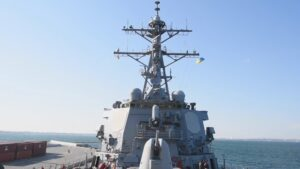 Read more about the article US Destroyer Arrives In Black Sea Amid High Tensions Between Ukraine, NATO And Russia