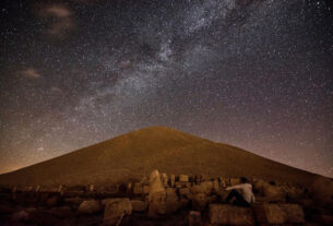 Stunning Time Lapse Footage Of Ancient Tomb On UNESCO Mount Nemrut
